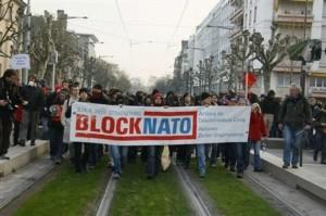 Accio Directa Noviolenta_bloqueig_cimera_OTAN_Estrasburg_abril_2009