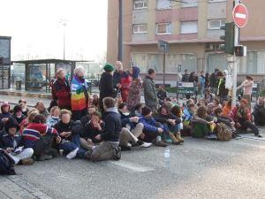 bloqueo_cumbre_otan_estrasburgo_abril_2009