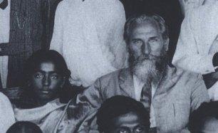 Jiddu Krishnamurti y Leadbeater. 1910.